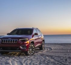 FCA Canada Recalls 19,000 SUVs and Vans Over Brake Issue