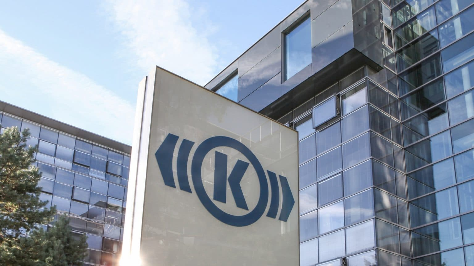 Knorr-Bremse's recently signed a 10-year contract with a major European OEM