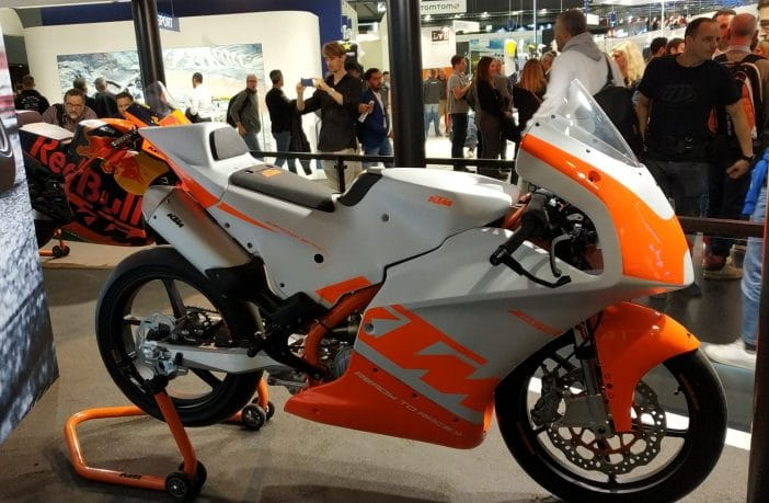 The new KTM RC4R has a complete J.Juan brake system
