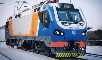 Knorr-Bremse Russia and Alstom Kazakhstan have signed a comprehensive service agreement for up to 200 double-section freight locomotives and 95 passenger locomotives (visible in this picture), operated by Kazakhstan's national railway company KTZ | © Knorr-Bremse