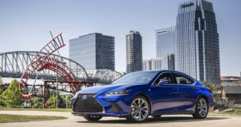 Lexus ES350 Evolves into Solid Luxury Sedan