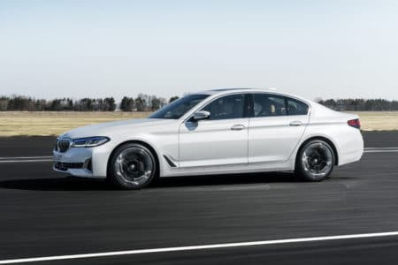BMW continues to show just how good it can make the sport sedan with the 2021 BMW 540i xDrive Sedan